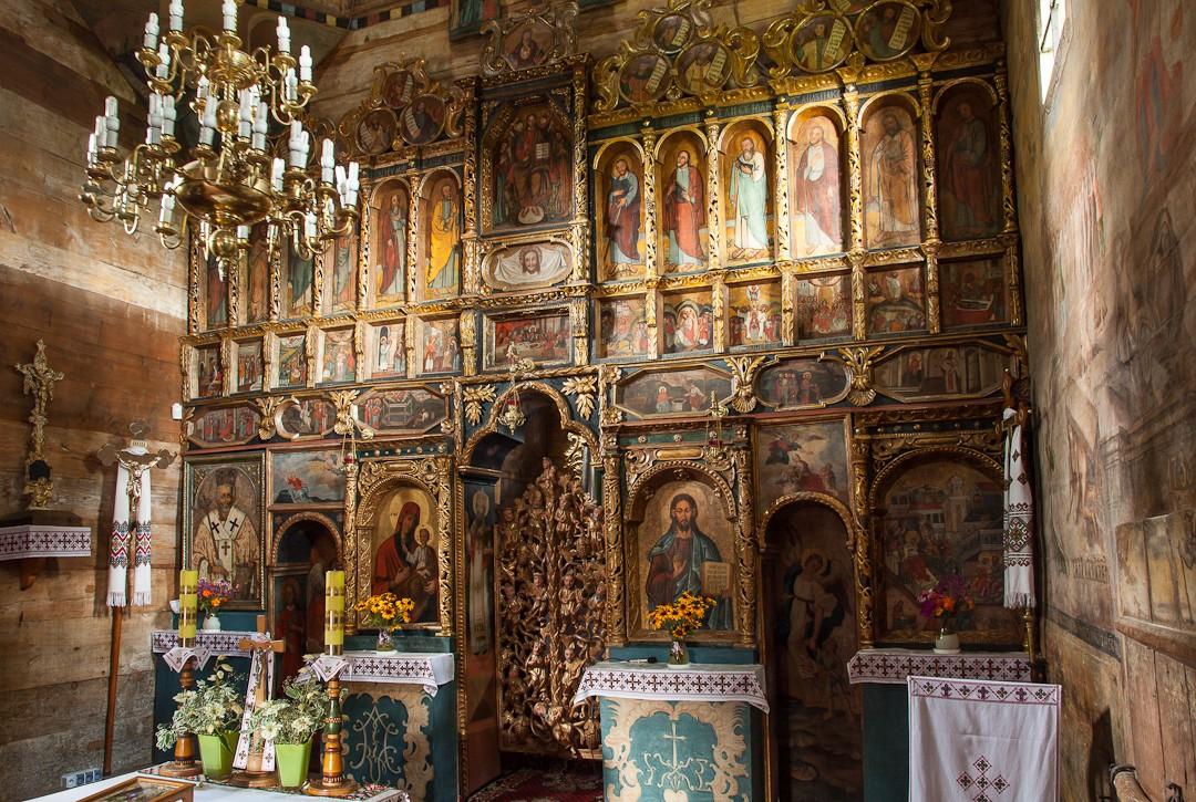 Ikonostas w cerkwi pw. Narodzenia Przenajświętszej Bogurodzicy w Chotyńcu